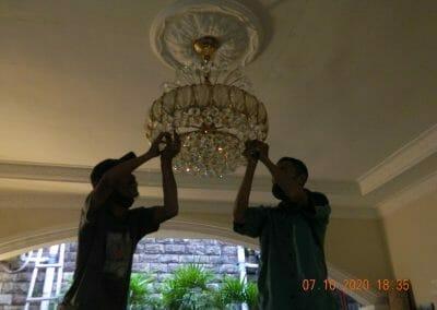 cuci-lampu-kristal-di-duren-sawit-27