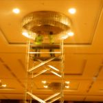 cuci lampu kristal birawa ballroom oleh Jasa Cuci Lampu Kristal gbr-07