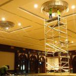 cuci lampu kristal birawa ballroom oleh Jasa Cuci Lampu Kristal gbr-17