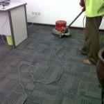 cuci karpet kantor pt morpho oleh Jasa Cuci Karpet Kantor gambar-02