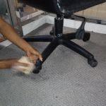 cuci kursi kantor indolife pensiontama oleh Jasa Cuci Kursi Kantor gambar-07